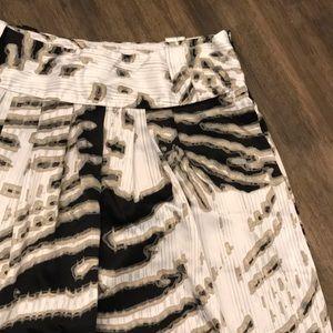 🖤 Gorgeous Black and Tan Skirt 🖤
